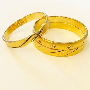 VINTAGE MONET Hinged Cuff Bangles Gold-tone Set